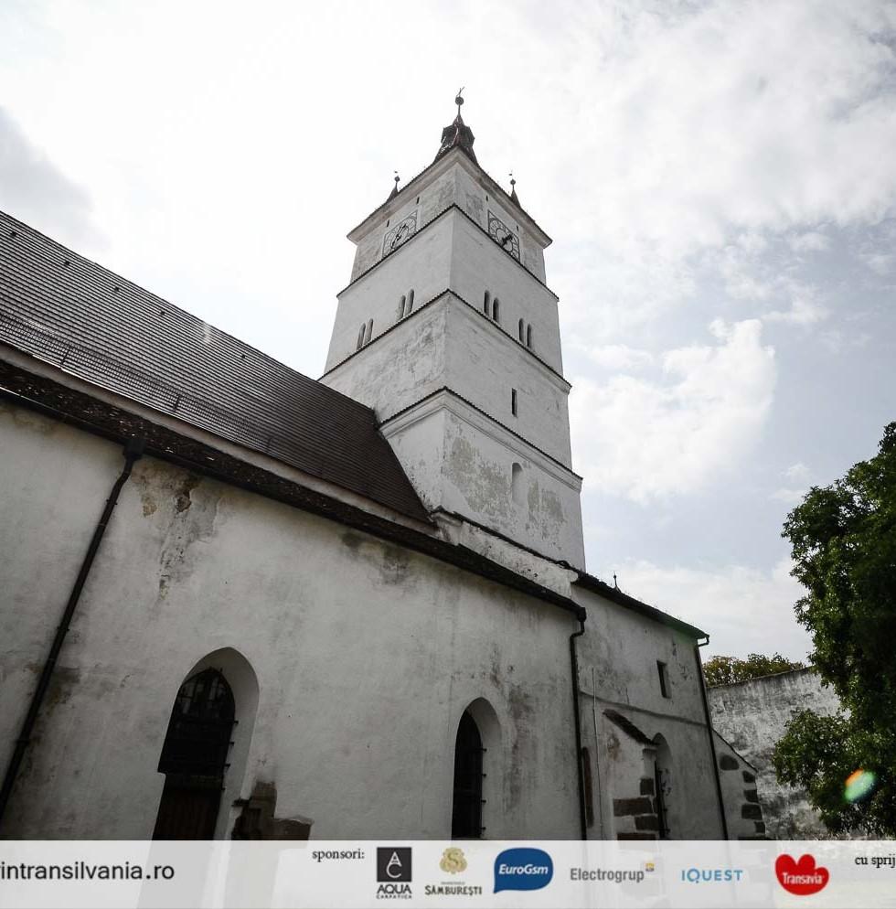 biserica-fortificata-Harman-12